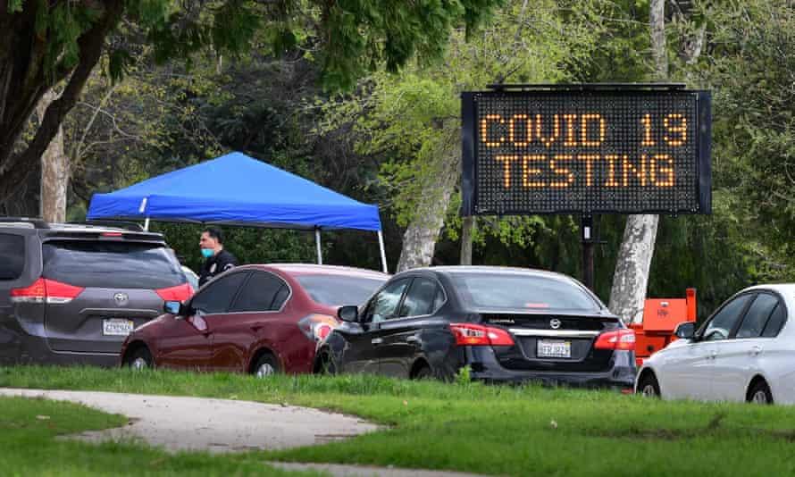 A coronavirus testing center in Hansen Dam Park on 25 March 2020 in Pacoima, California.