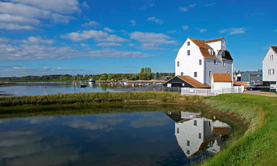 Shingle and Saxons: a car-free trip to the Suffolk coast   Suffolk holidays    The Guardian