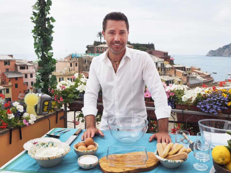 Gino D'Acampo reaches the Cinque Terre.