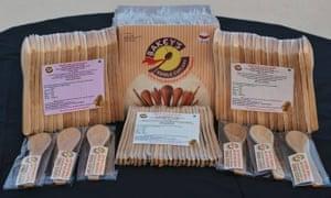 Bakeys edible spoons in packaging.