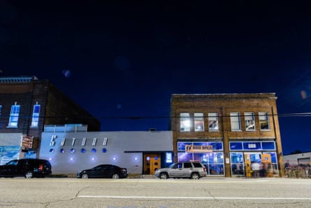 saturn club in Birmingham Alabama