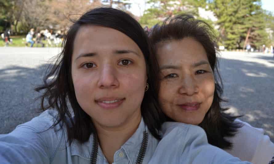 Yoshie Rymar (R) with her daughter Rachel