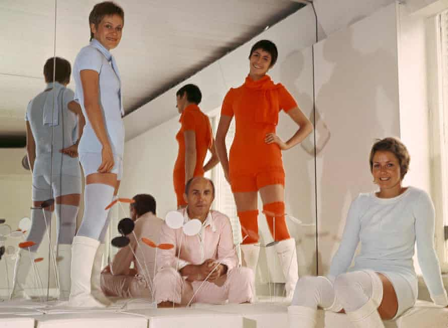 André Courrèges among models wearing part of his 1976 spring/summer haute couture collection.