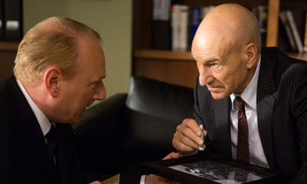 Patrick Stewart - as Walter Blunt - doing cocaine (obviously)