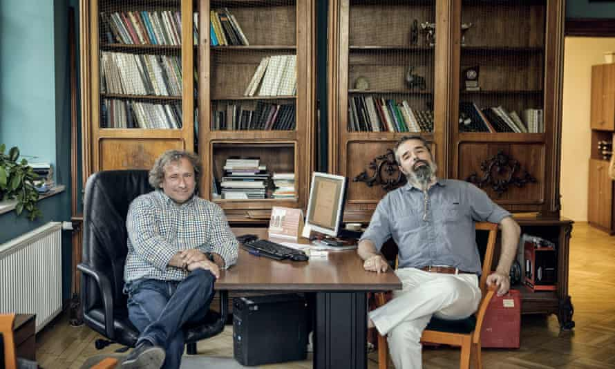 'Archaeologists know how to do a proper excavation. We don't just tear objects from the soil': Dr Krzysztof Jakubiak (left) and Dr Tomasz Nowakiewicz from Warsaw University.