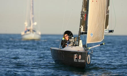 Hilary Lister in 2009 as she sailed solo around the UK.