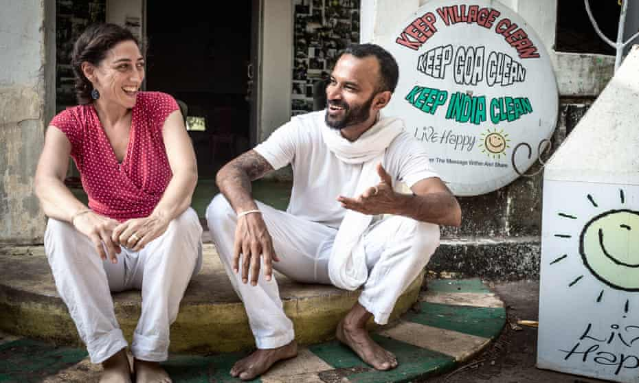 Note of hope … Felly Gomes and Beatriz Contreras Milla, founders of the NGO Live Happy, which raises awareness of the rubbish problem in the community, in Goa.