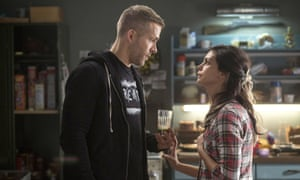 Reynolds with Morena Baccarin in Deadpool.
