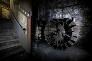 A disused fan impeller at York Road underground station
