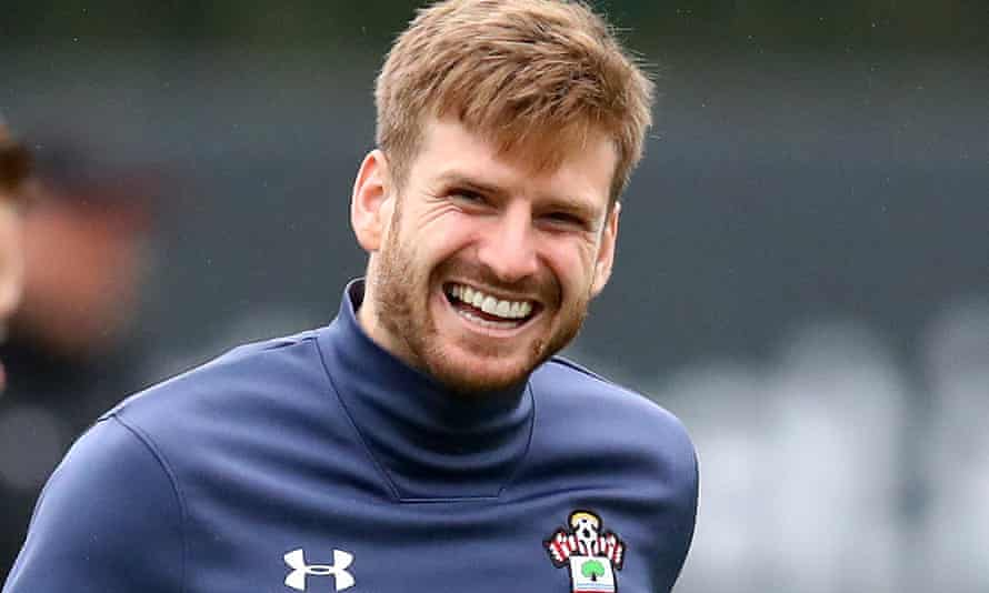 Stuart Armstrong says before Southampton's game at home against Liverpool on Monday that the squad 'aim for the clouds'.