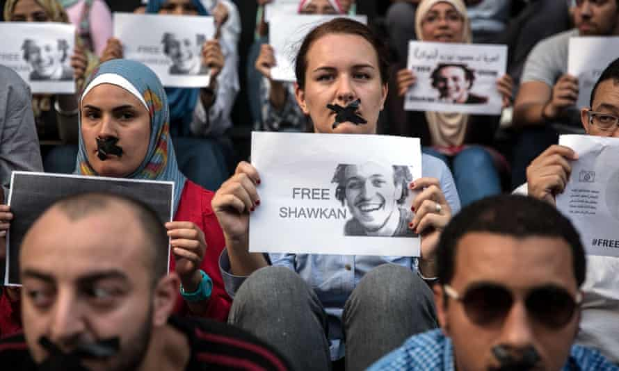 Protesters in Cairo demand the release of the photojournalist Shawkan