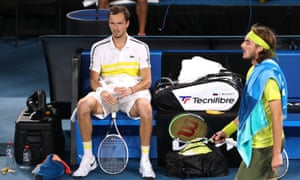 Medvedev is in full control of this semi-final.