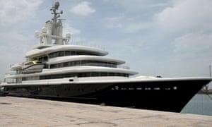Luna, the $450m superyacht