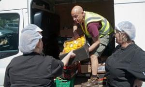 Oxford Food Bank volunteer, delivers food for pupils