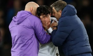 Son Heung-Min was distraught after his tackle on Everton's midfielder André Gomes.