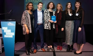 Guardian Foundation Hugo Young Award 2019 L-R Sonia Sodha, Sam Hall, Lucy Knight, Katharine Viner, Harriet Whitehead, Joanna York