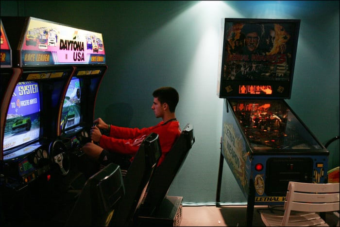 Daytona USA: why the best arcade racing game ever just won't
