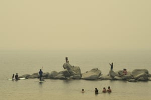 Pictures at Sand Harbor Beach. The thick yellow haze obscured the lake's distinctive scenery.
