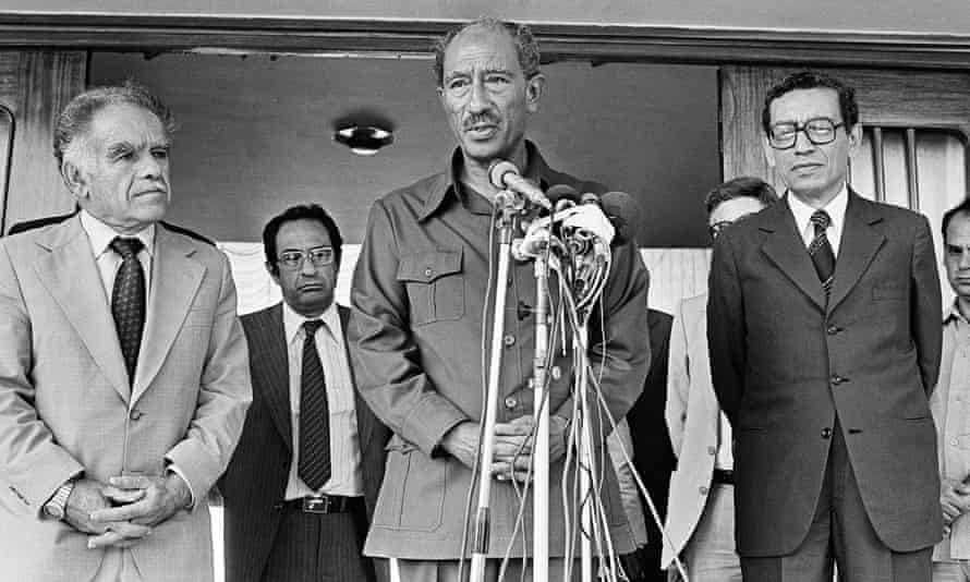 Boutros-Ghali, right, with Egyptian president Anwar Sadat, centre, flanked by the Israeli foreign minister Yitzhak Shamir, left, in 1980.