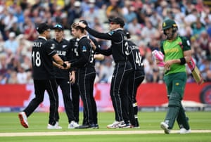 Du Plessis walks as Ferguson and New Zealand celebrate.