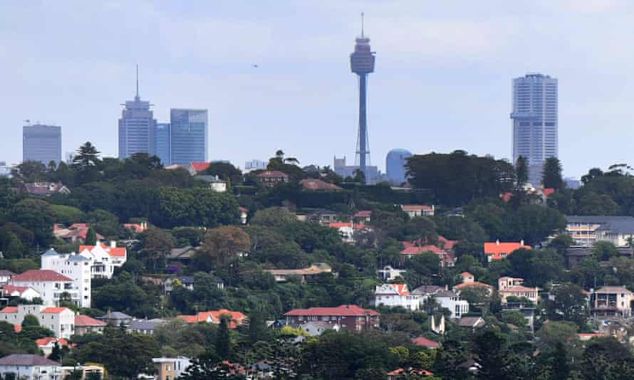 Banks must beware of the 'heightened risk in the lending environment' as property prices soar, the regulator Apra says.