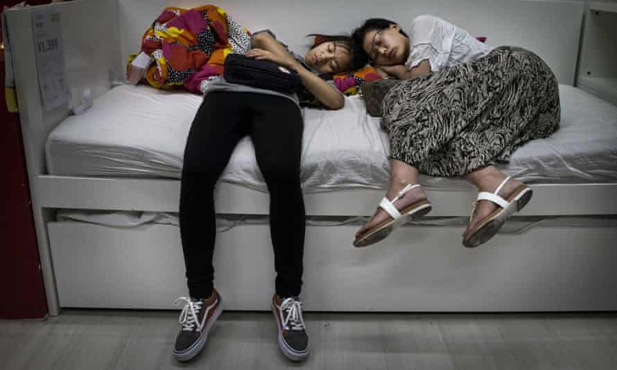 In Chinese stores, sleepers are actually encouraged to try out Ikea furniture.