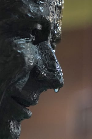A raindrop drips from the nose of the statue of Steve Waugh at the SCG
