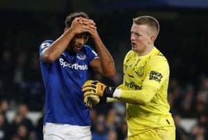 Everton's Jordan Pickford and Dominic Calvert-Lewin react after Newcastle United's equaliser.