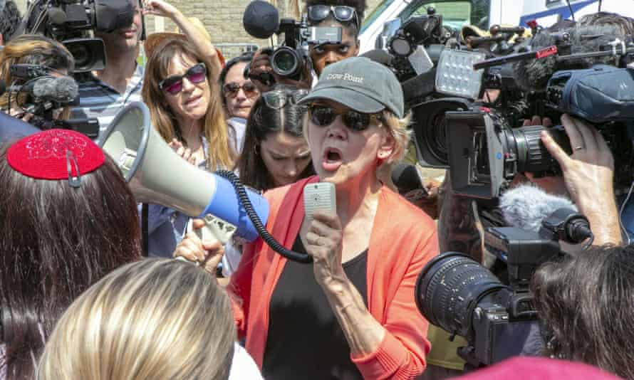 Elizabeth Warren outside the Homestead detention center in Florida, on 26 June.
