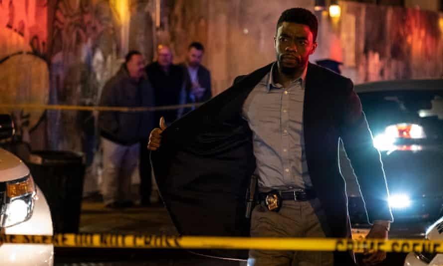 Chadwick Boseman in 21 Bridges.