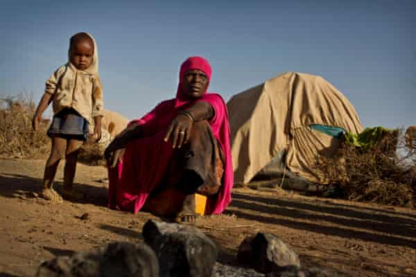 Roda Mahamud and her niece, Ayan, who hasn't eaten properly for several weeks
