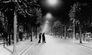 'The ultimate badge of modernity' : street lighting in London 1937.