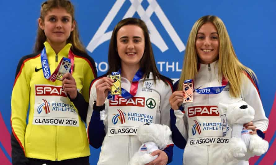 Britain's Laura Muir (centre) posed with her medals during the medal presentation ceremony for Friday's women's 3000m final.