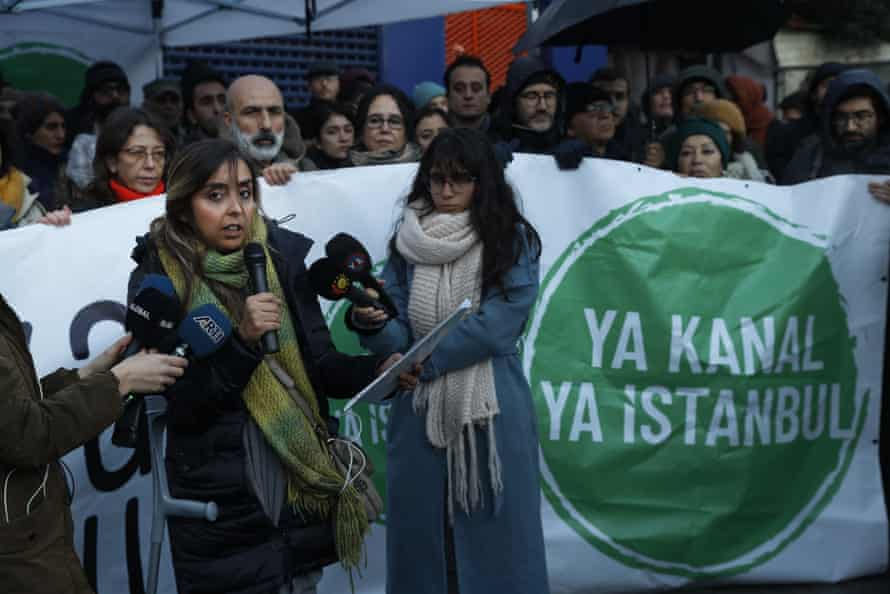 Protesters opposing the canal project gather outside the provincial directorate of environment and urbanism in Istanbul, 2 January 2020.