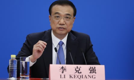 Li Keqiang gives a video press conference