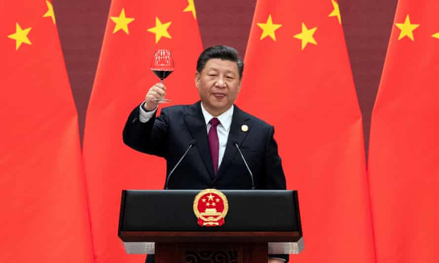 Xi Jinping proposes a toast at the welcome banquet for the Belt and Road Forum in Beijing, 26 April 2019.