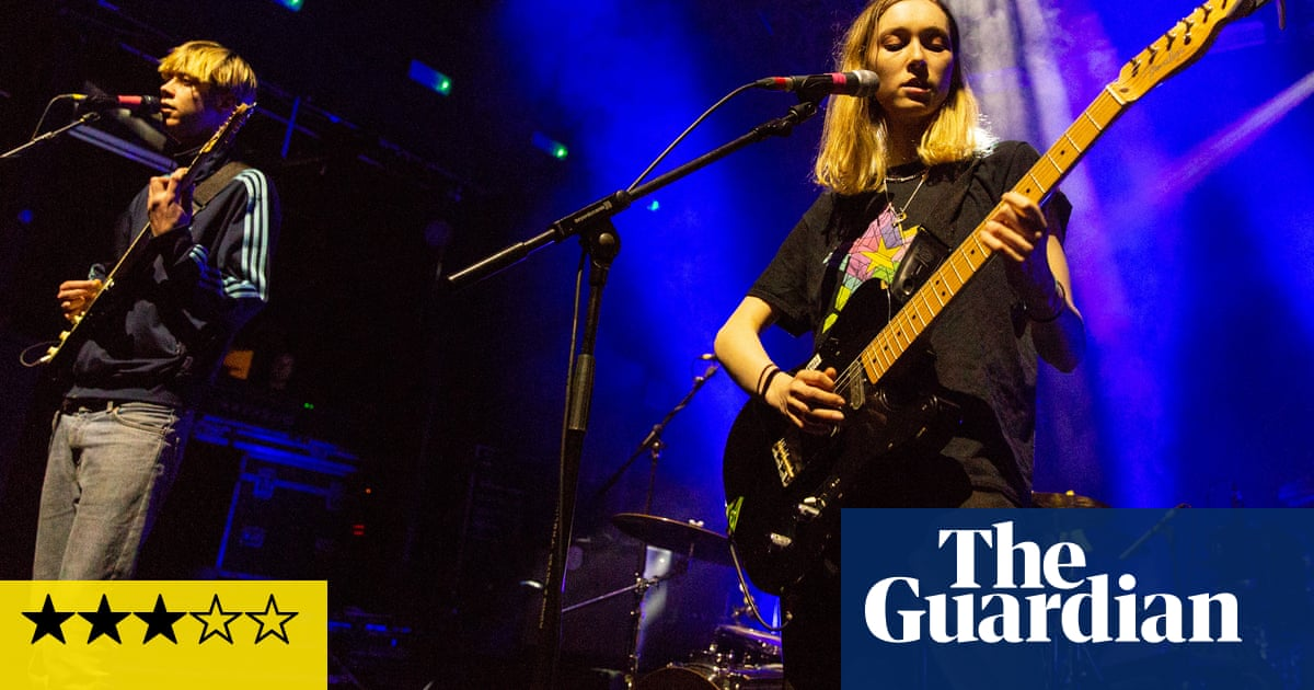 Sorry: 925 review – full of disruptive ideas