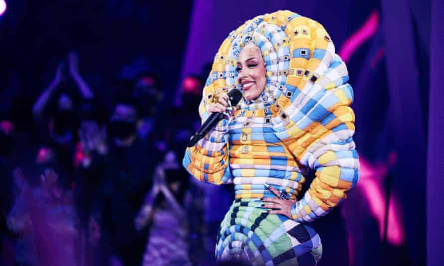 Doja Cat speaks onstage