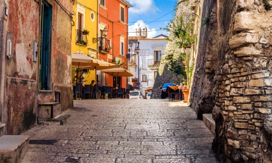 Every year the protagonists in Francesco Dimitri's novel meet back in their home village …