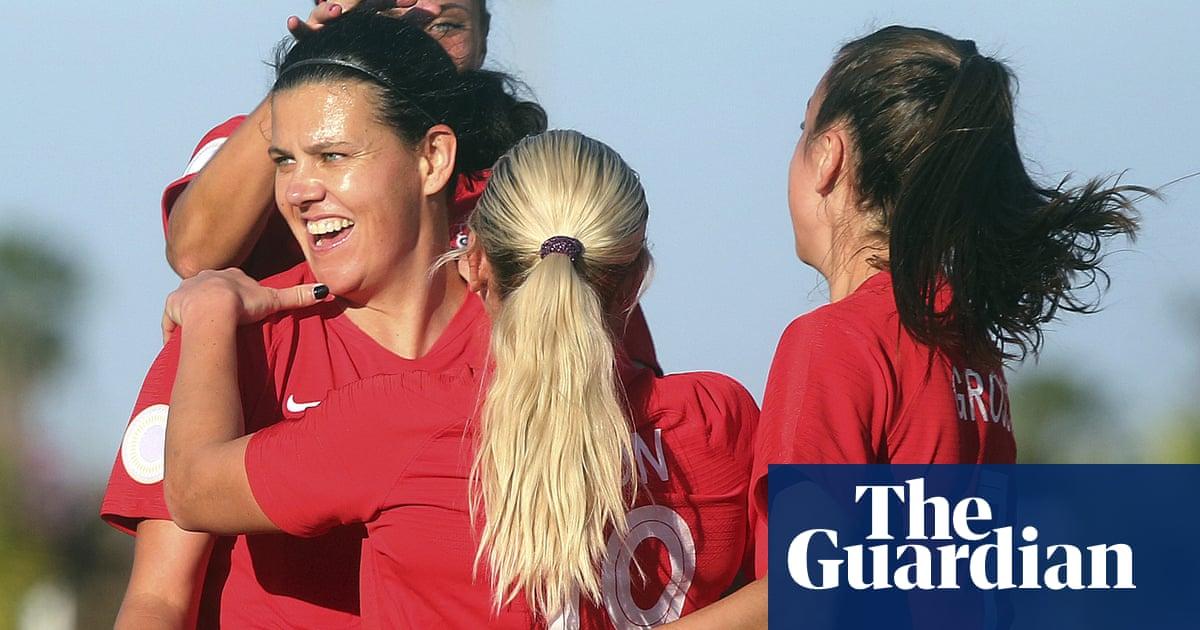 Canadas Christine Sinclair eclipses Wambach for international goals record