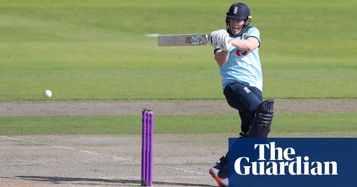Eoin Morgan pledges to drop himself if batting slump goes on at T20 World Cup