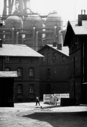 A housing estate next to Pokój Steelworks, 1978