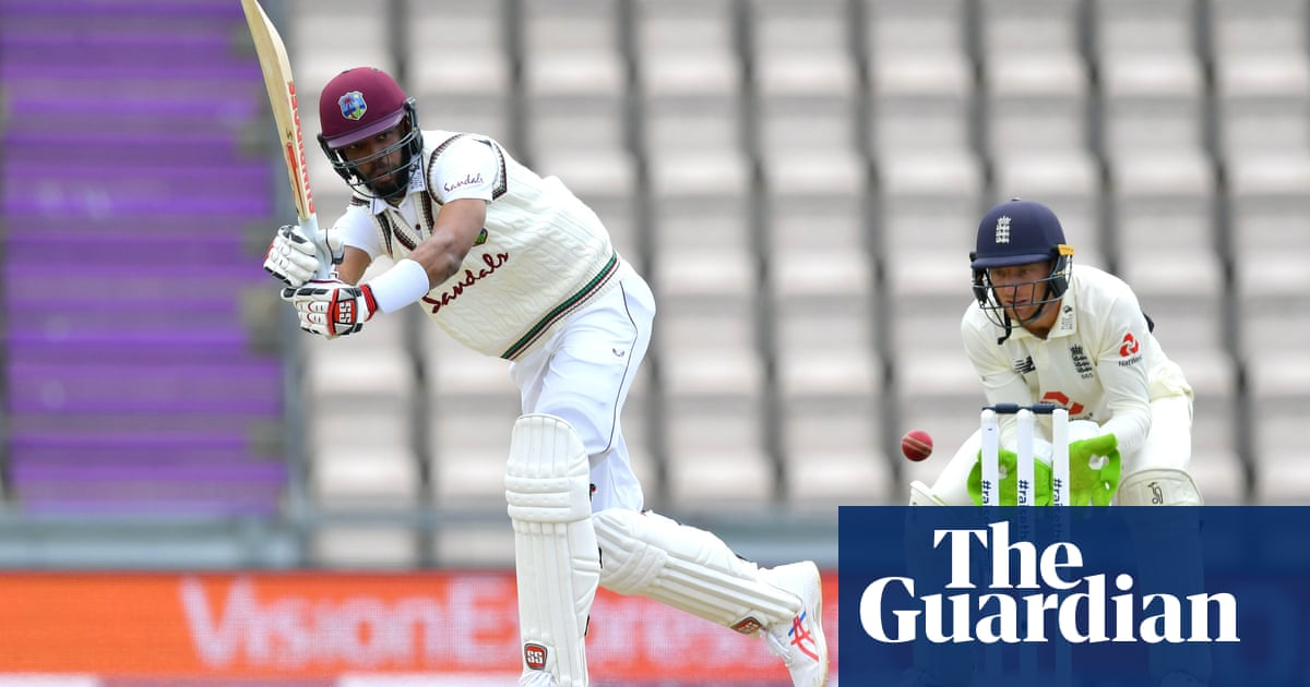 Roston Chase defies England to put West Indies in driving seat