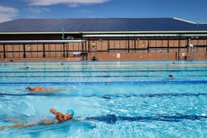 Outdoor swimmers at Woodgreen leisure centre in Oxfordshire