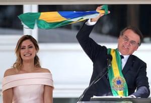 Jair Bolsonaro addresses the crowd after receiving the presidential sash