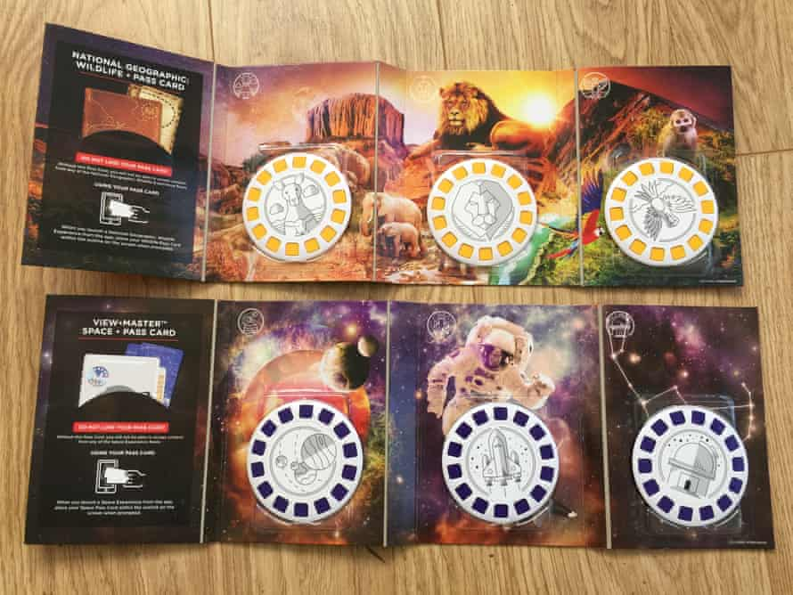 The View-Master 'experience packs' are sold separately.