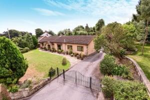 fantasy bungalows - Ripon, North Yorkshire