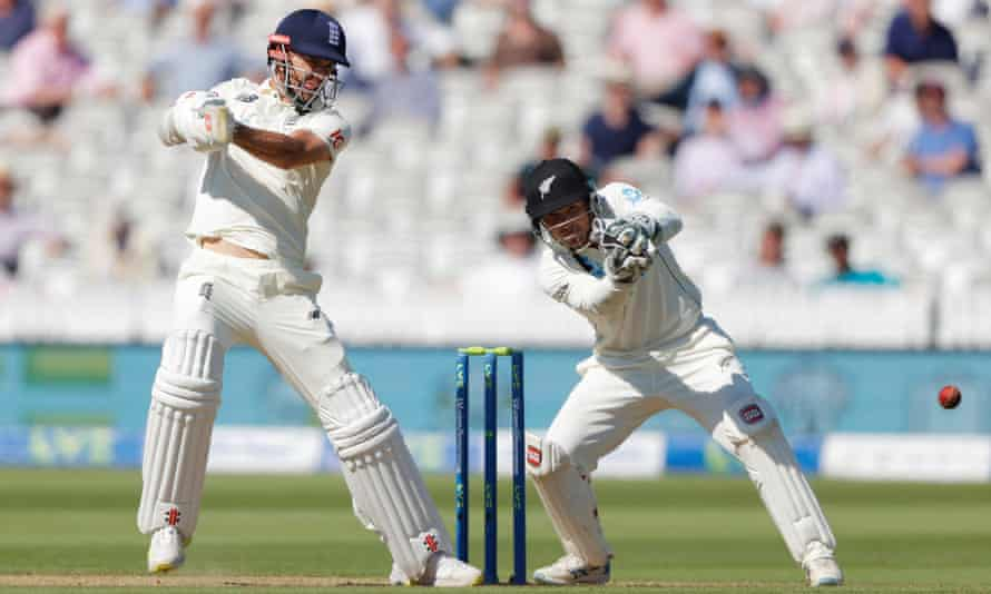 Jimmy Anderson stayed with Burns while he completed his hundred.