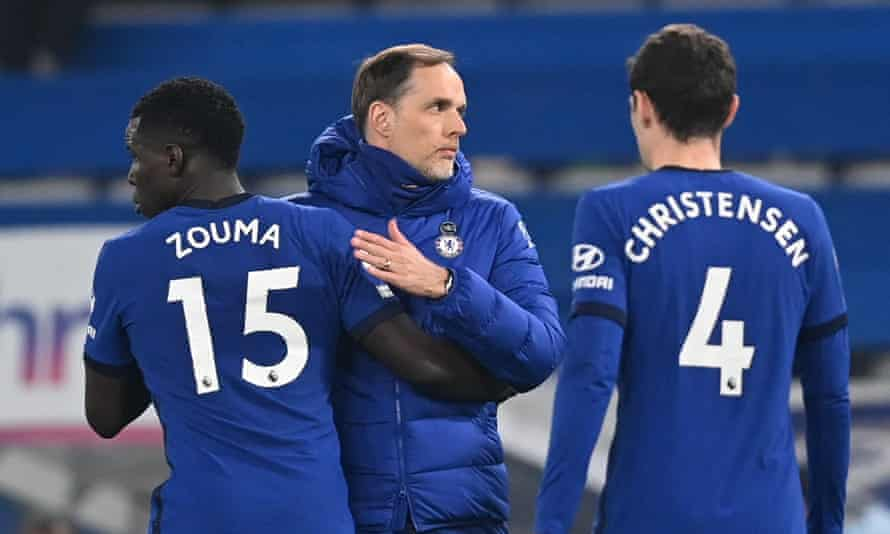 Chelsea manager Thomas Tuchel with Kurt Zouma and Andreas Christensen after the draw with Brighton
