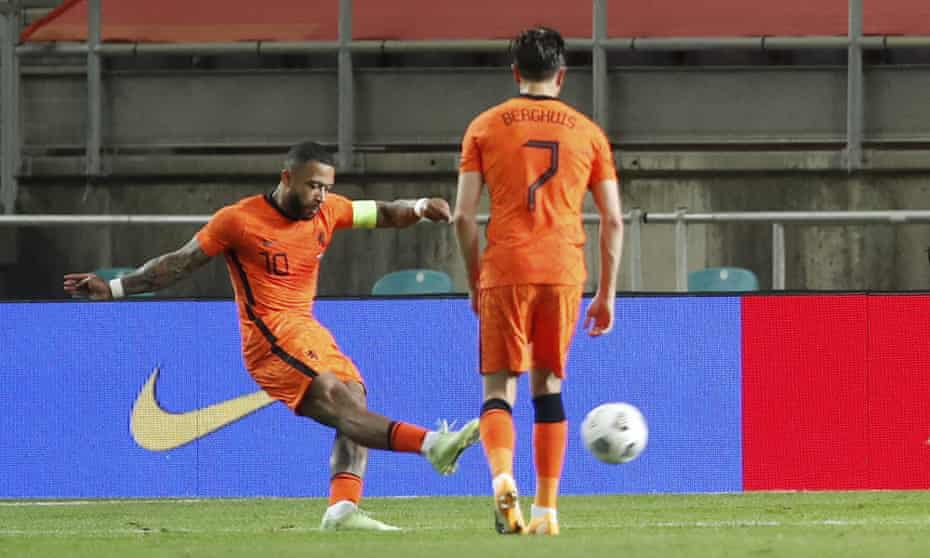 Memphis Depay scores a brilliant free-kick to level for the Netherlands late on against Scotland.